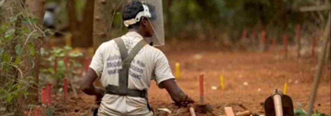 Sri Lankan deminers clear 100,000th anti-peronnel mine, HALO Trust