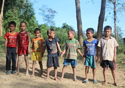 children beneficaries in Lateung, Laos