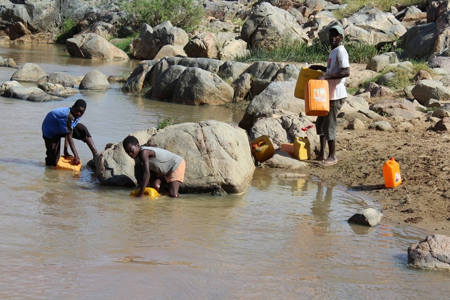 Kanenguerere residents collect water, including drinking water, from the nearest river which is 1.5km away.