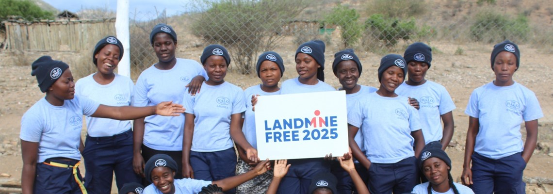 HALO's 100 Women Deminers in Angola show their support for a Landmine Free 2025.