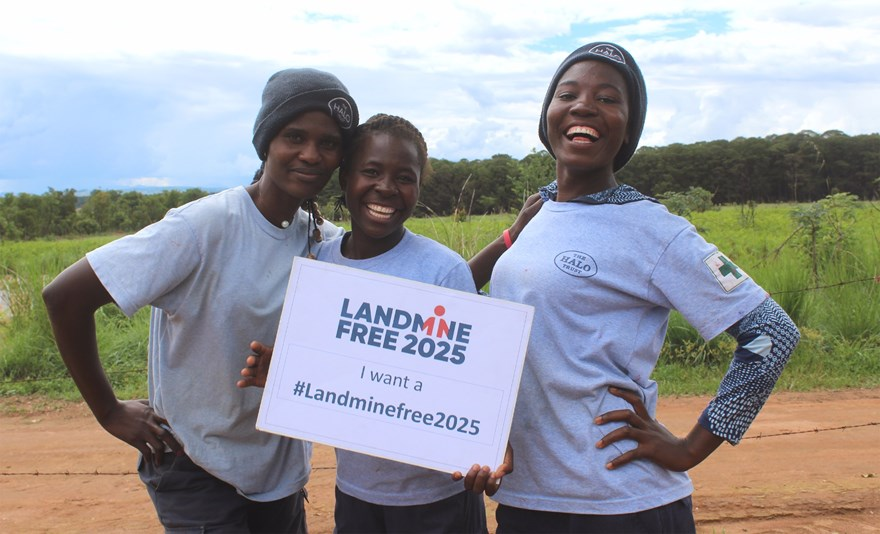 Olimpia, Rebecca and Rita all want a Landmine Free Angola and are proud to be part of this vision.