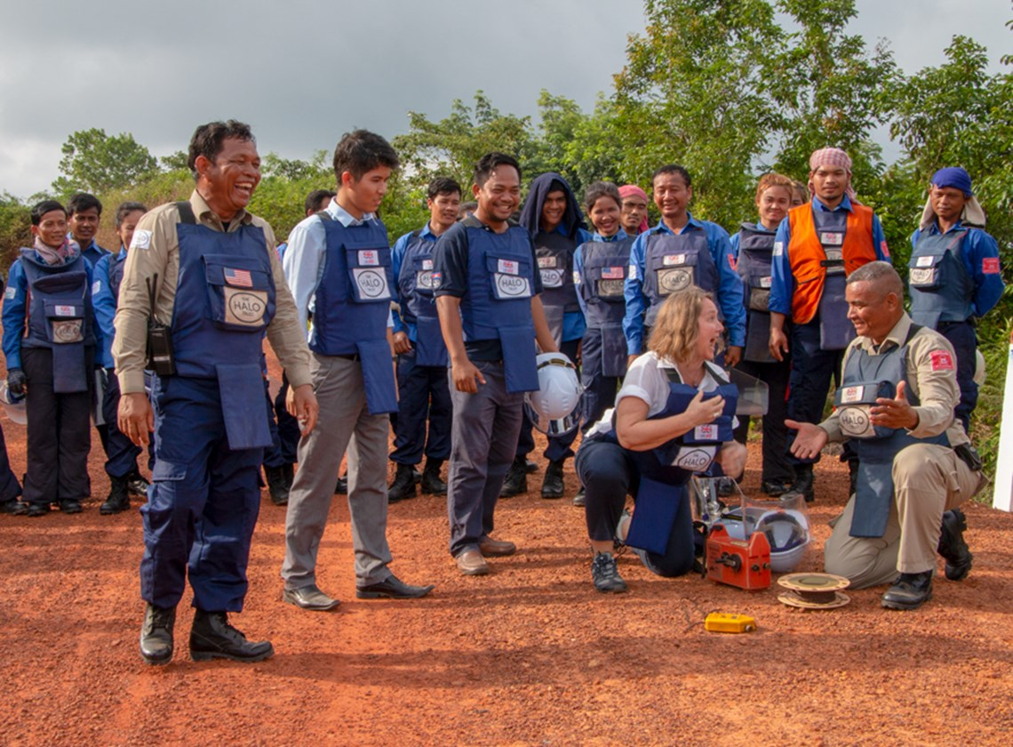Ambassador Redshaw destroyed an antipersonnel mine from a safe distance with Ny Ra's help